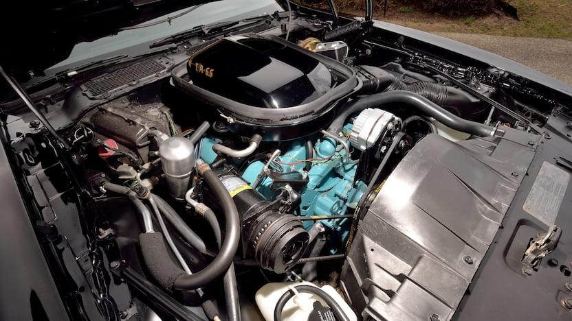 Pontiac Trans Am 400 engine