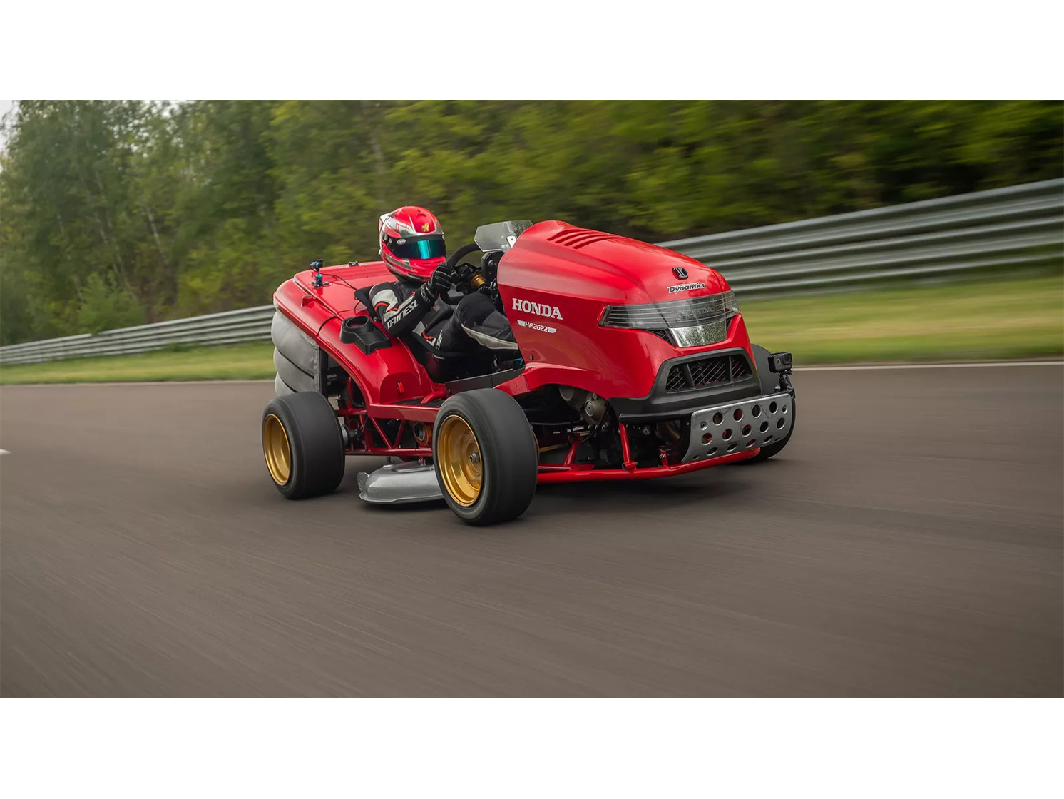 Honda Mean Mower hits 100 mph in record 6.29 seconds thumbnail