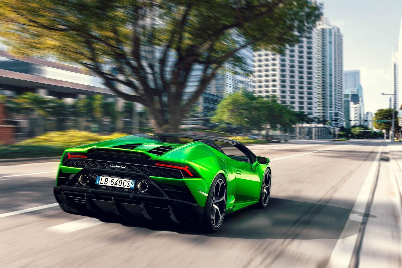 Lamborghini Huracan rear 3/4