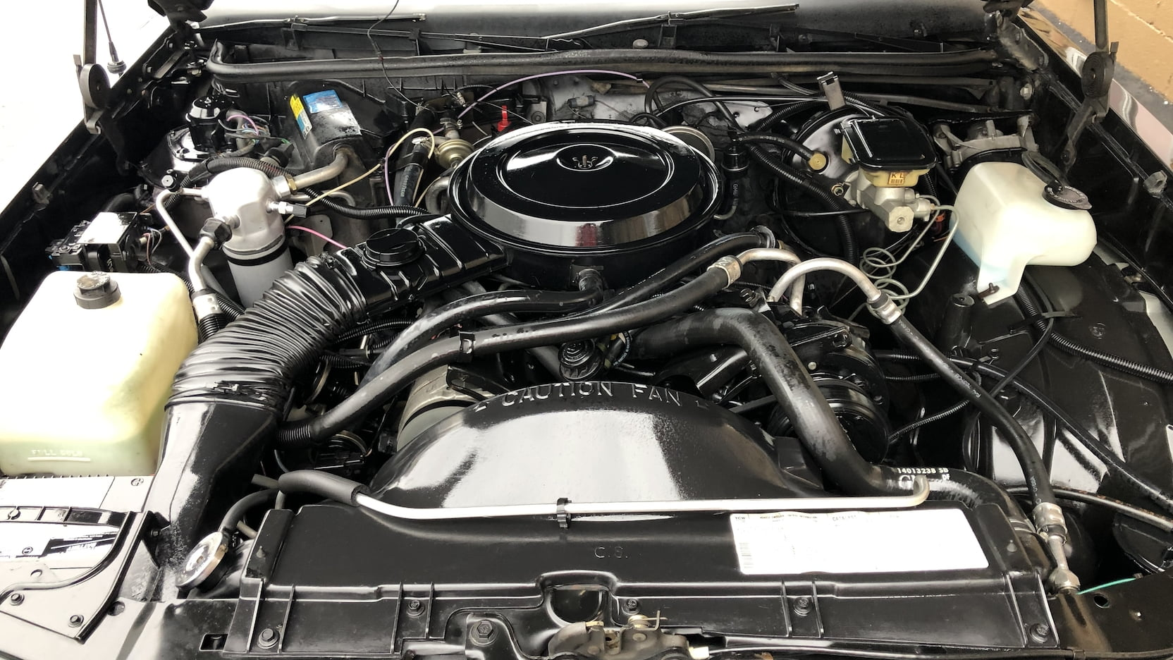 1986 Chevrolet Monte Carlo SS engine