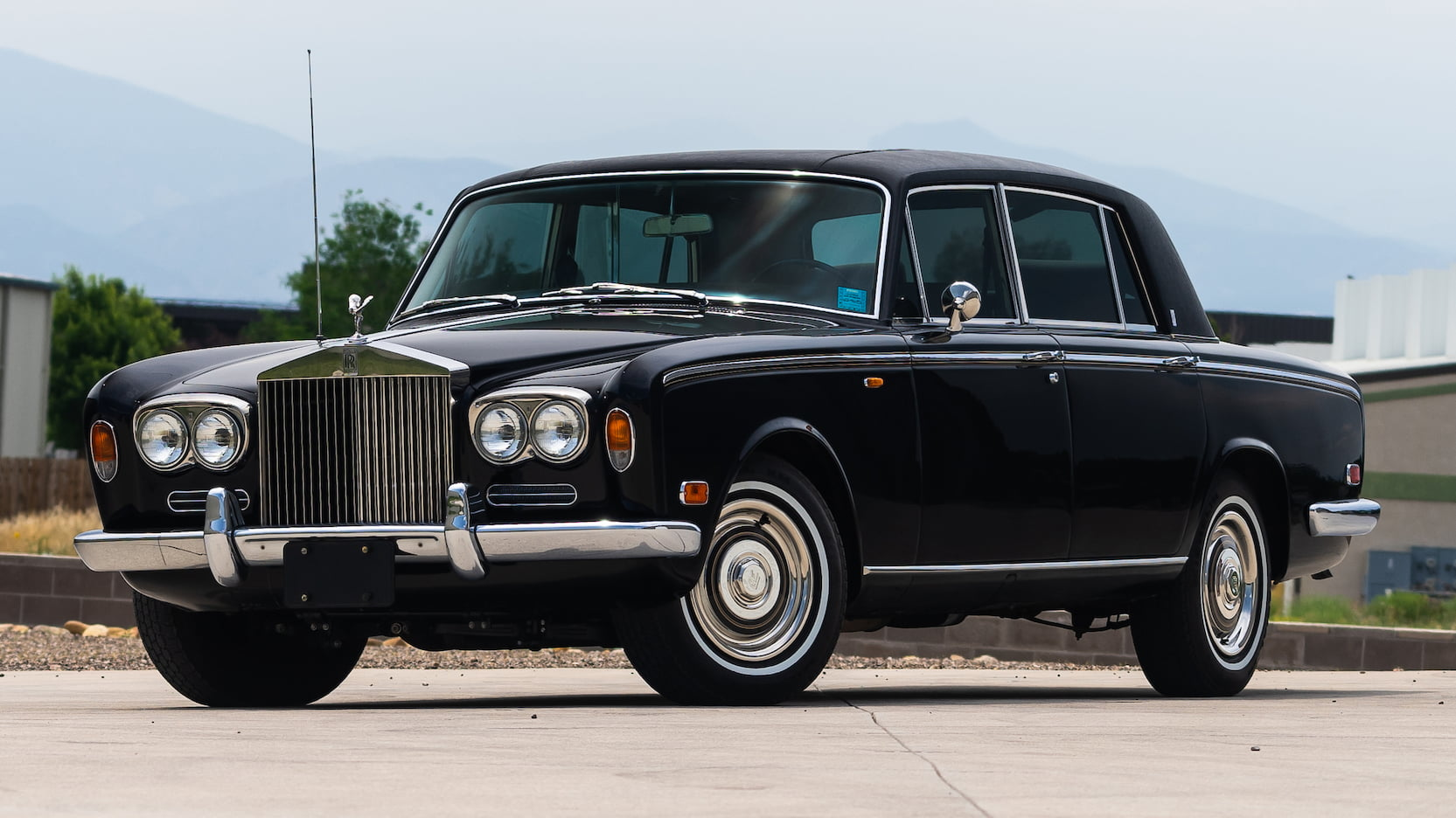 Rolls-Royce Silver Shadow: Affordable luxury or money pit? thumbnail