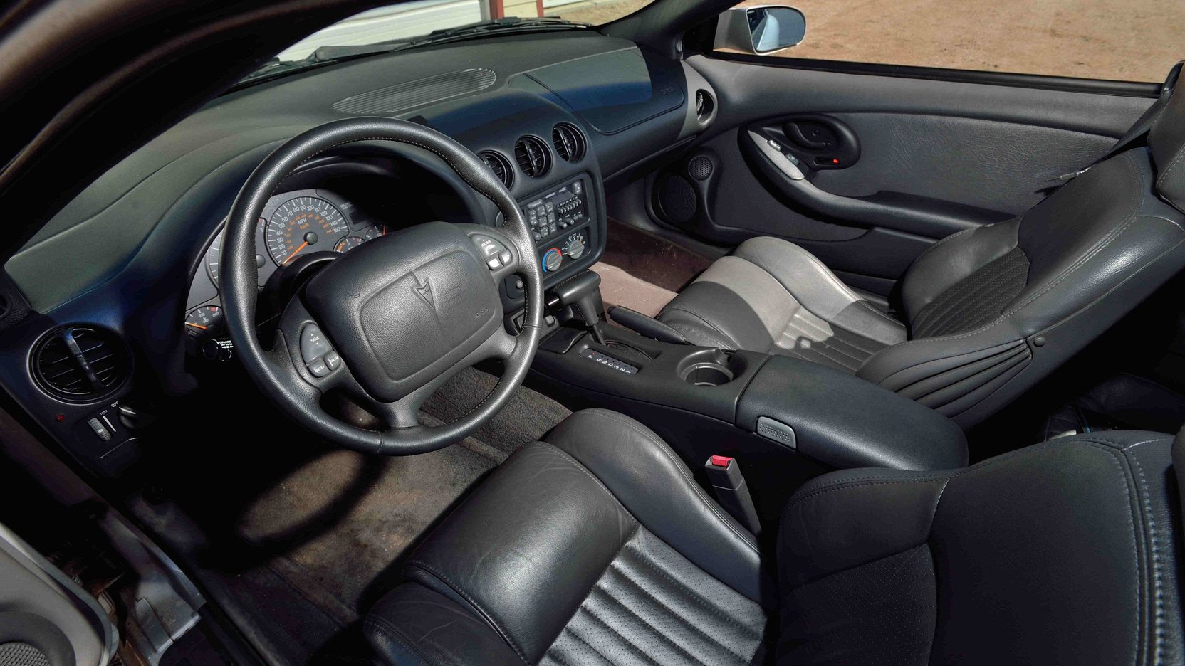 1997 Pontiac Firebird interior