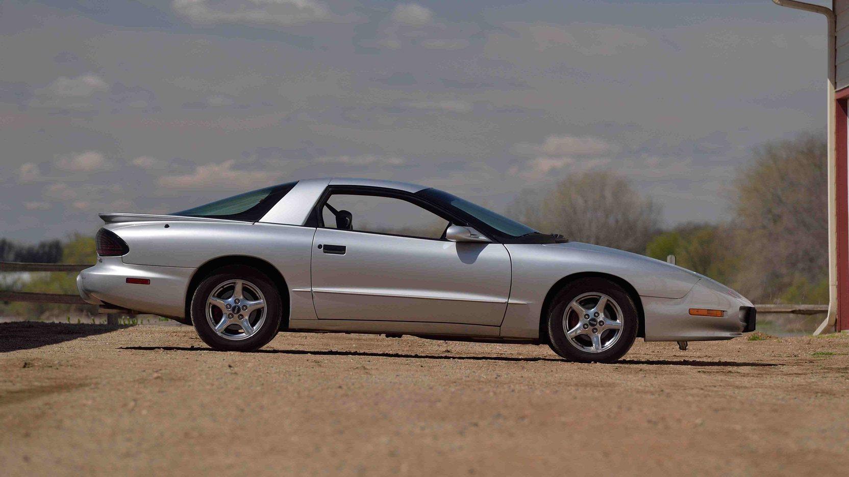 1997 Pontiac Firebird profile