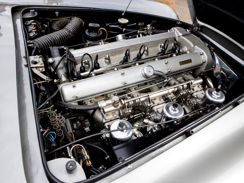 1965 Aston Martin DB5 Engine