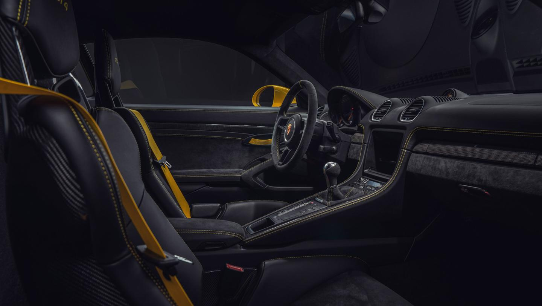 2019 Porsche 718 Cayman GT4 Interior