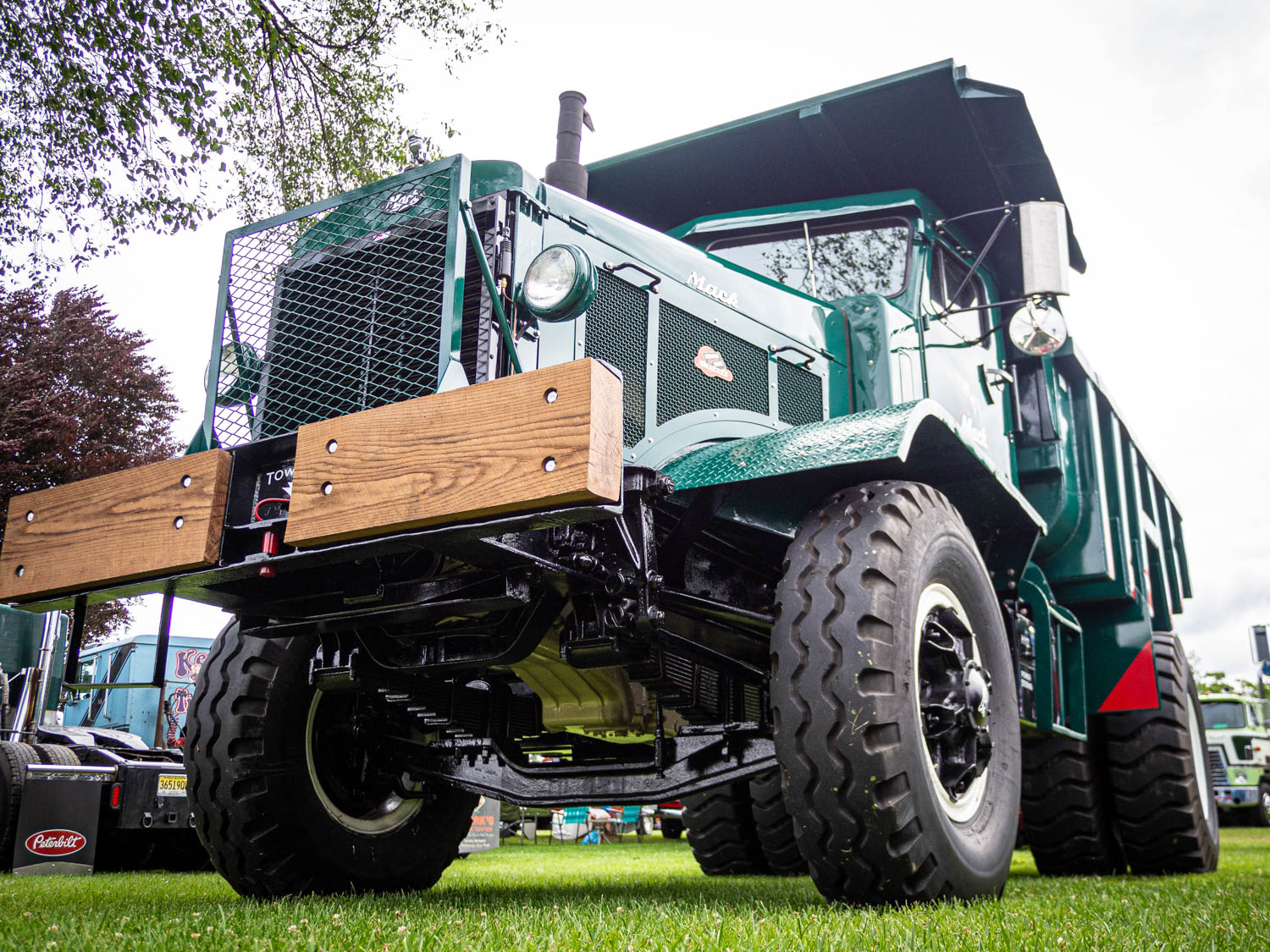One of the coolest dump trucks you'll ever see is this 1949 Mack LRX.