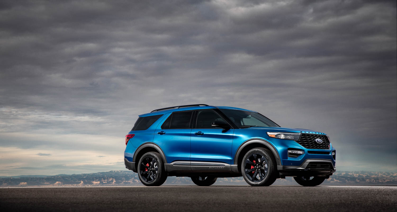 2020 Ford Explorer ST front 3/4