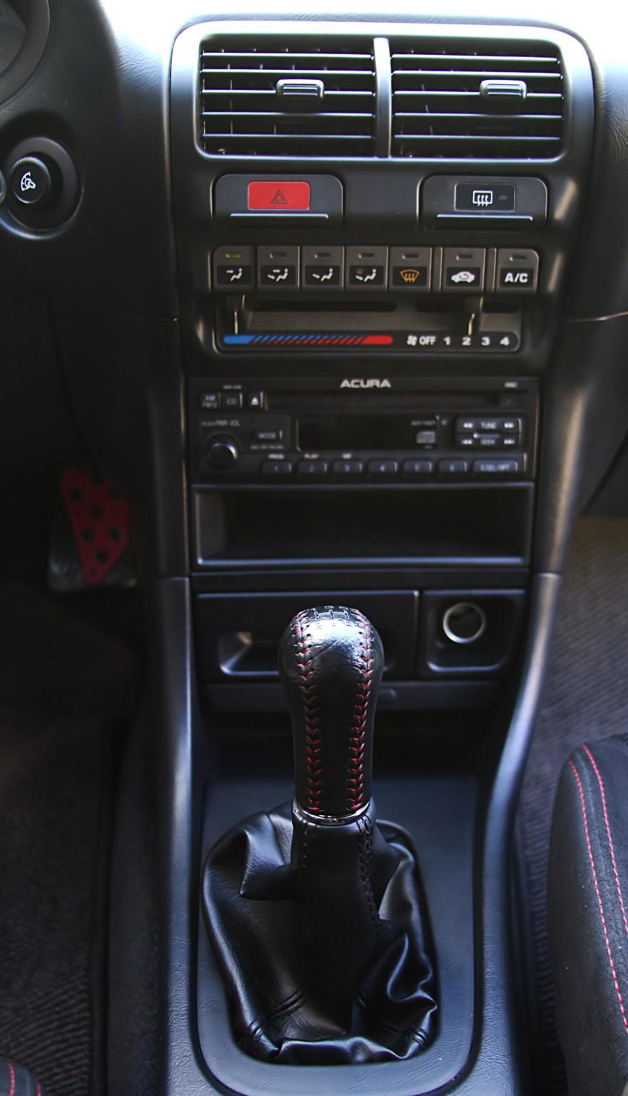 1998 Acura Integra Type R shifter knob
