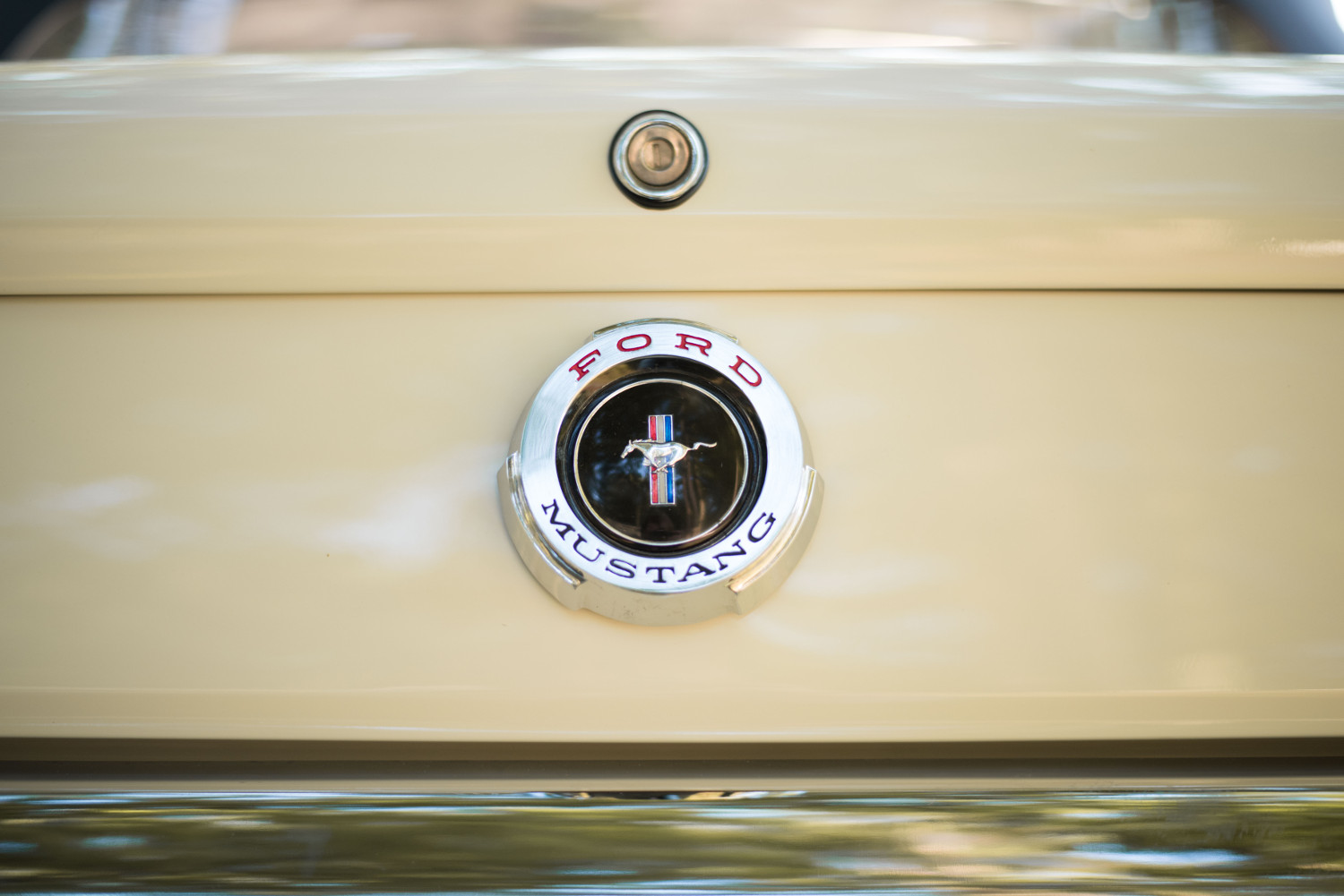 1965 Ford Mustang badge