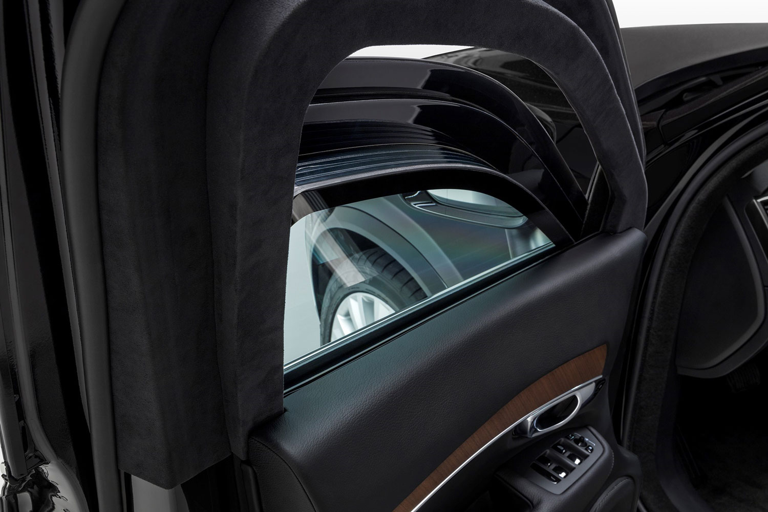 Volvo XC90 Armoured Detail
