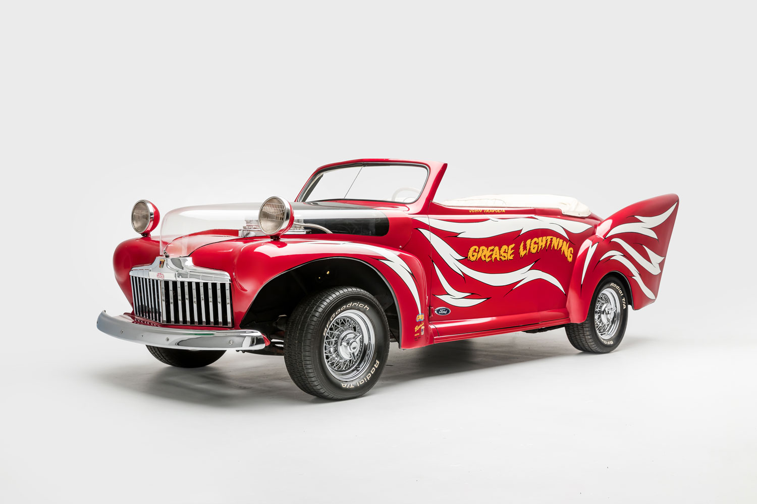 Petersen Museum reunites movie cars with their films thumbnail