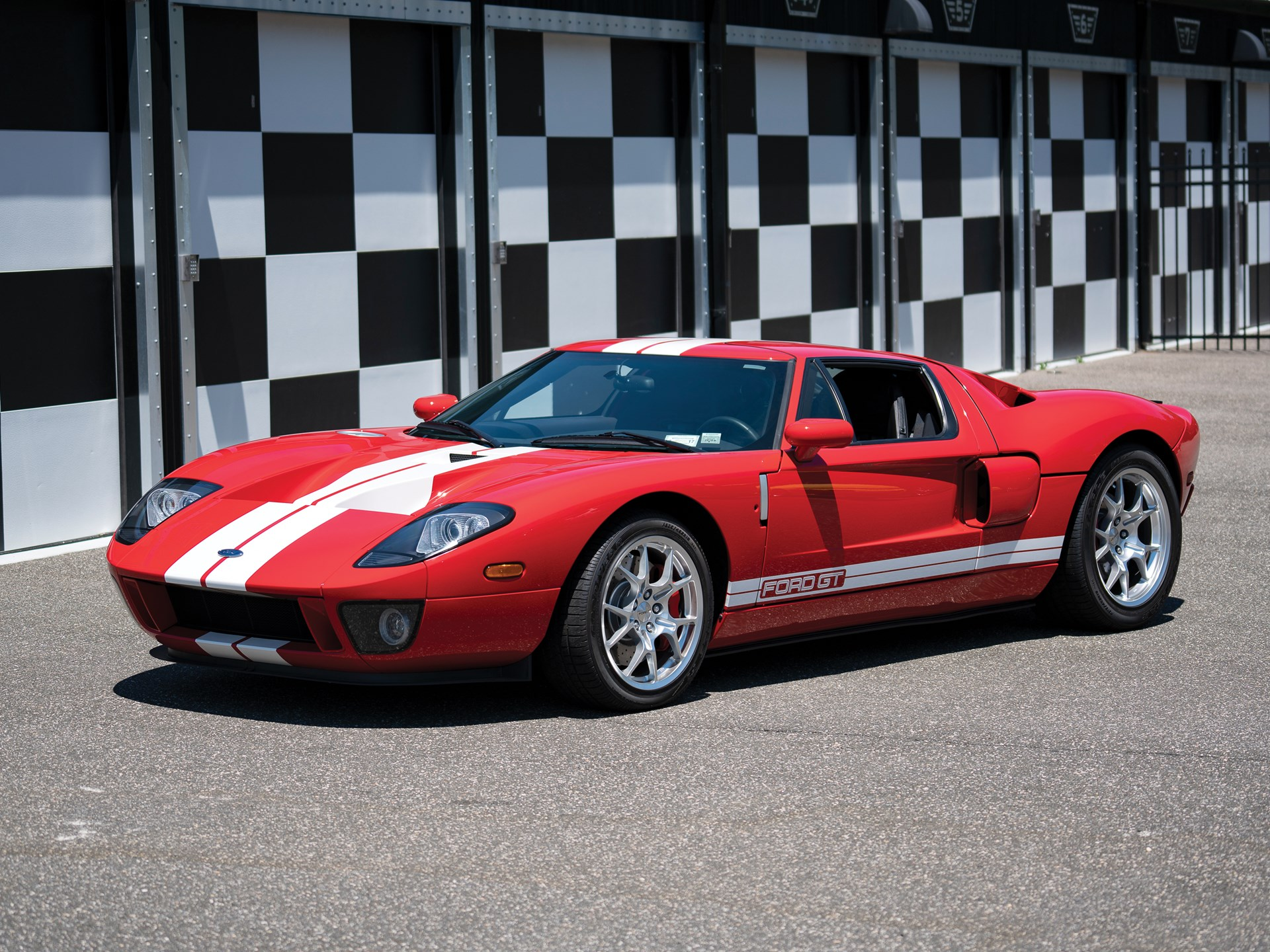 The 2005 06 Ford Gt Is On A Recent Hot Streak Hagerty Media