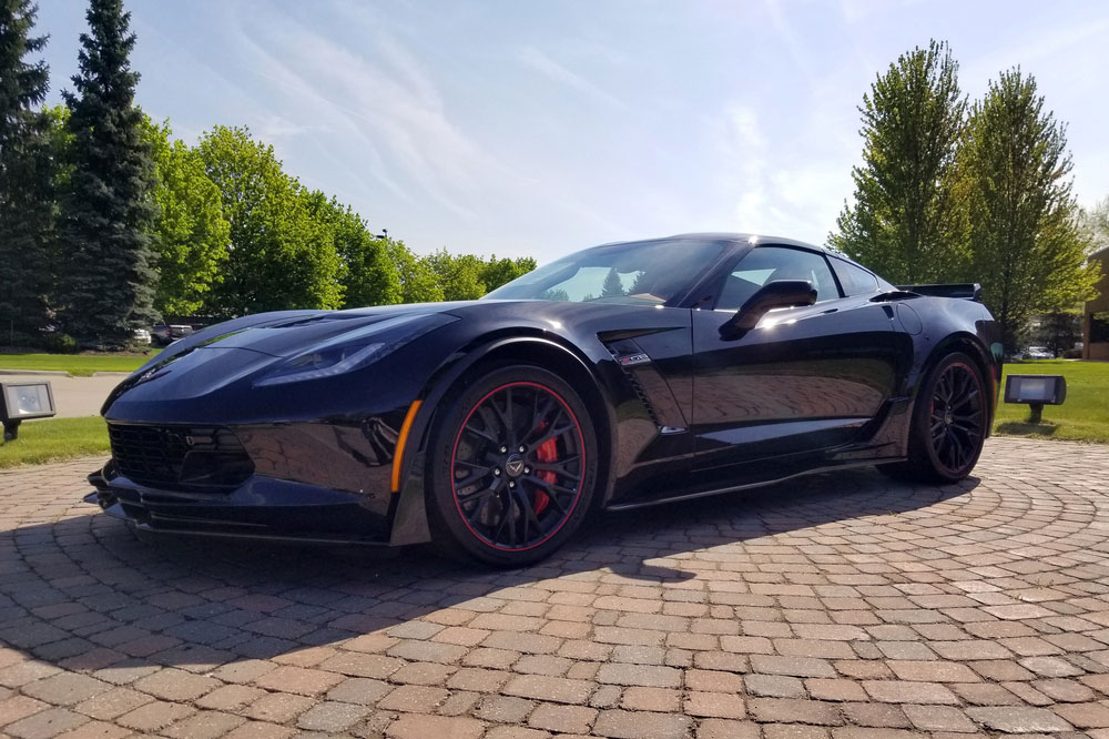 Final C7 Corvette sells for $2.7M and it hasn't even been built yet thumbnail