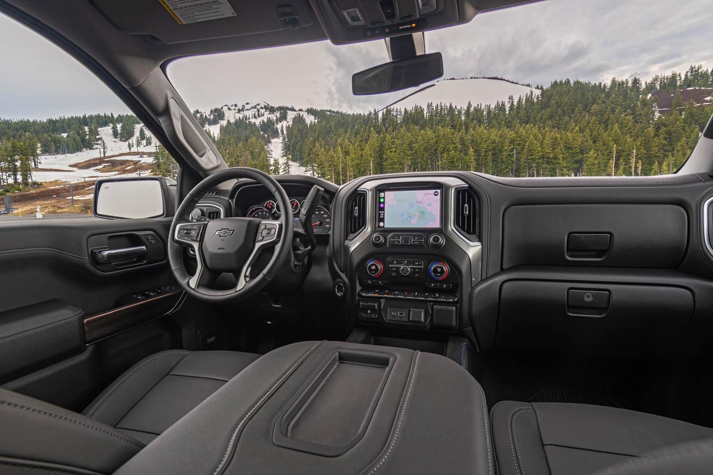 2020 Chevrolet Silverado Diesel interior