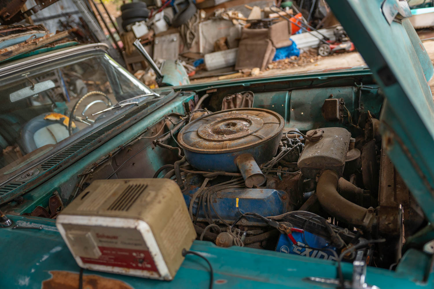 Barn Find Thunderbird engine