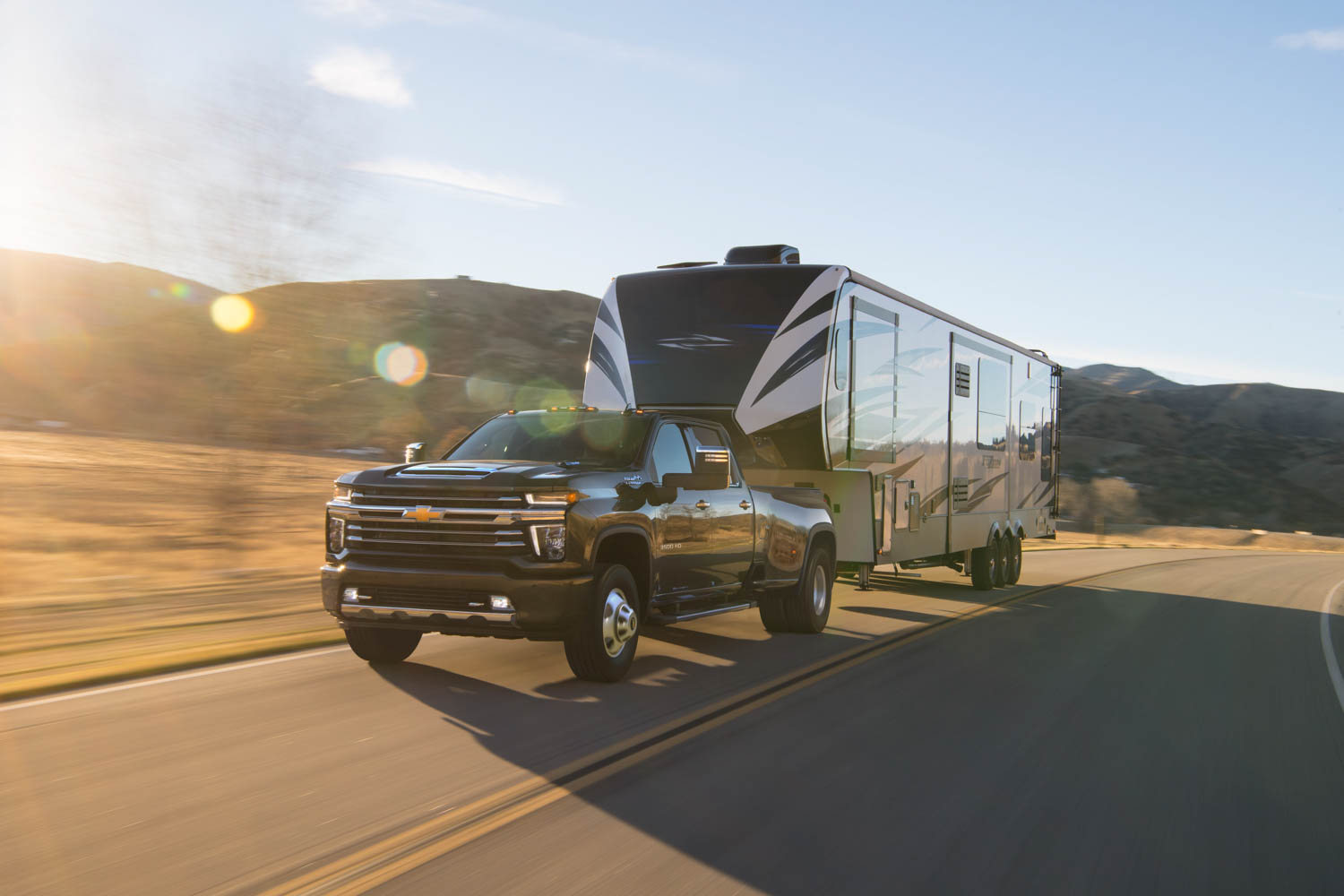 2020 Chevrolet Silverado 3500HD trailer