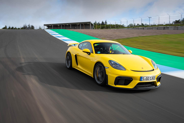 Porsche 718 Cayman GT4 track days