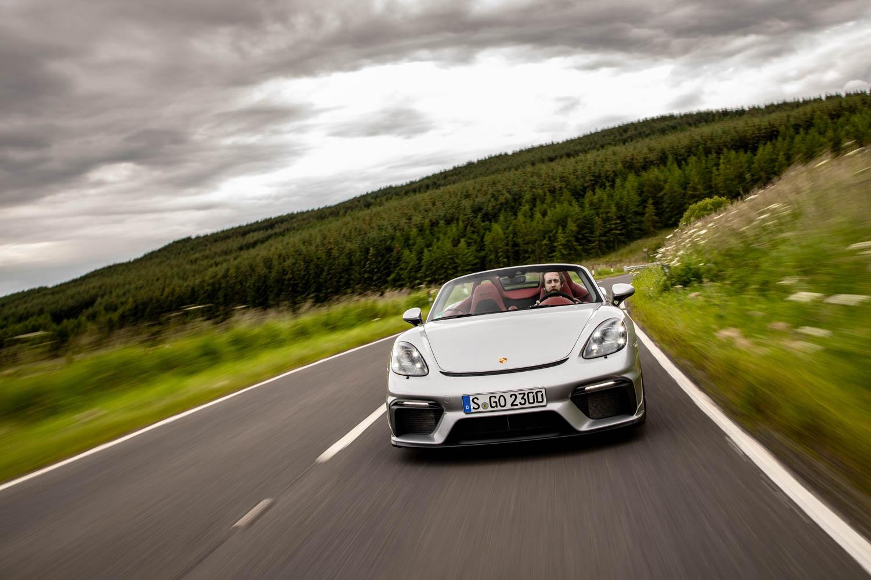 Porsche 718 Spyder front