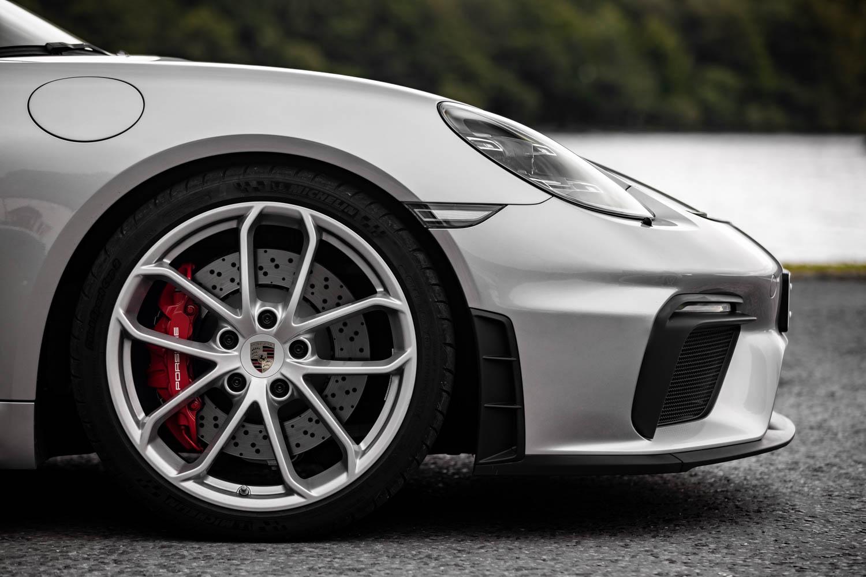 Porsche 718 Spyder wheel detail
