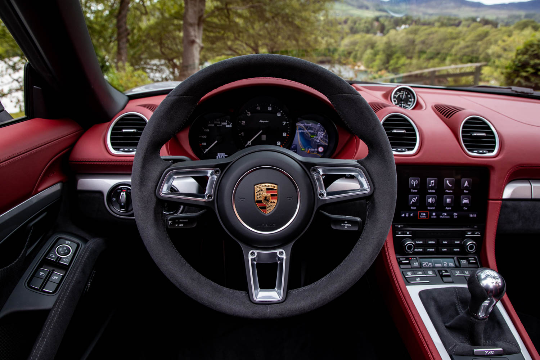 Porsche 718 Spyder steeringwheel