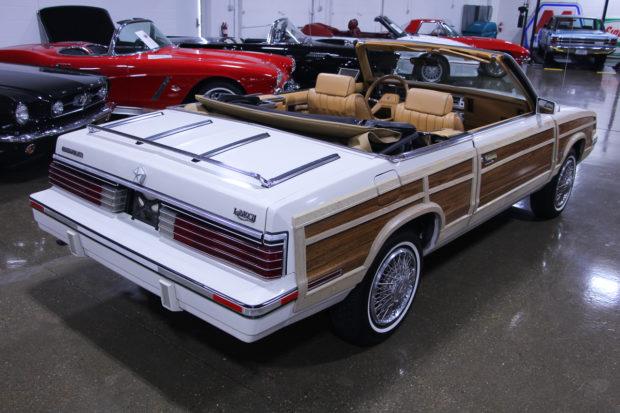 1985 Chrysler LeBaron Town & Country Mark Cross