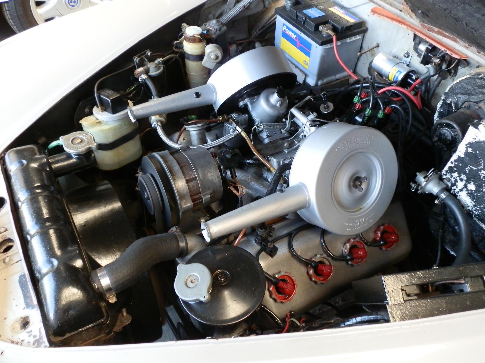 Daimler 2½-Litre V-8