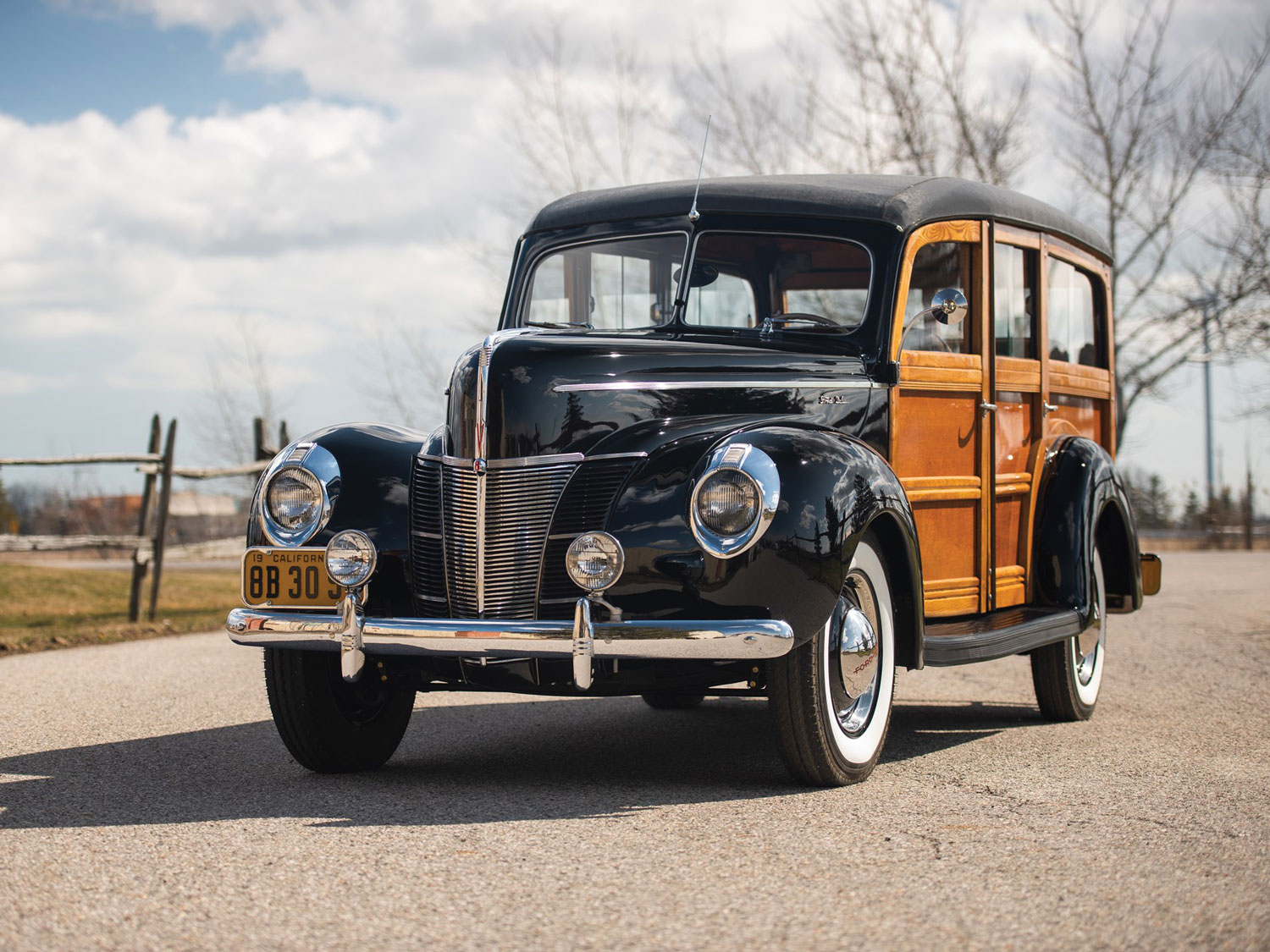1940 Ford DeLuxe Station Wagon