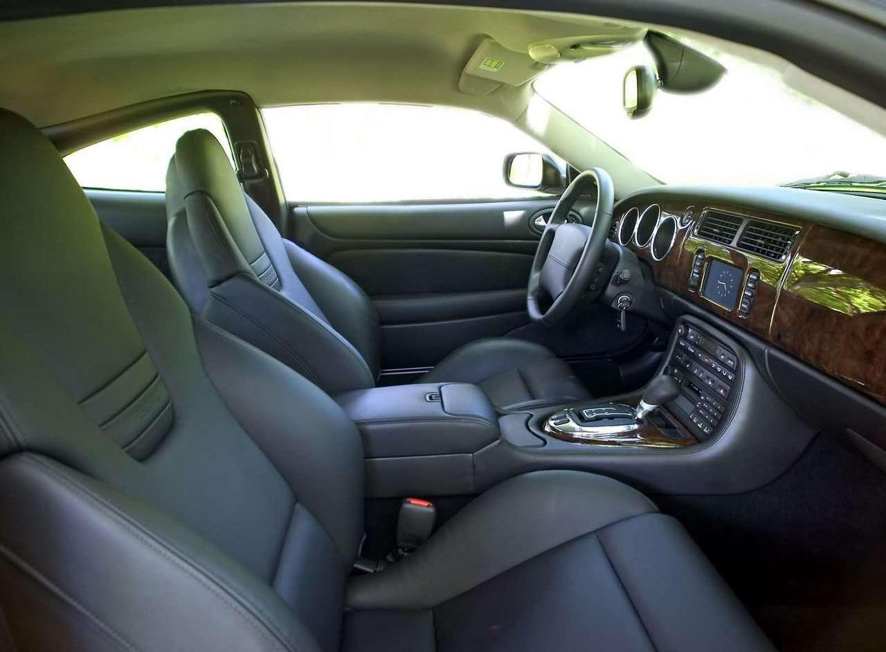 2005 Jaguar XKR interior