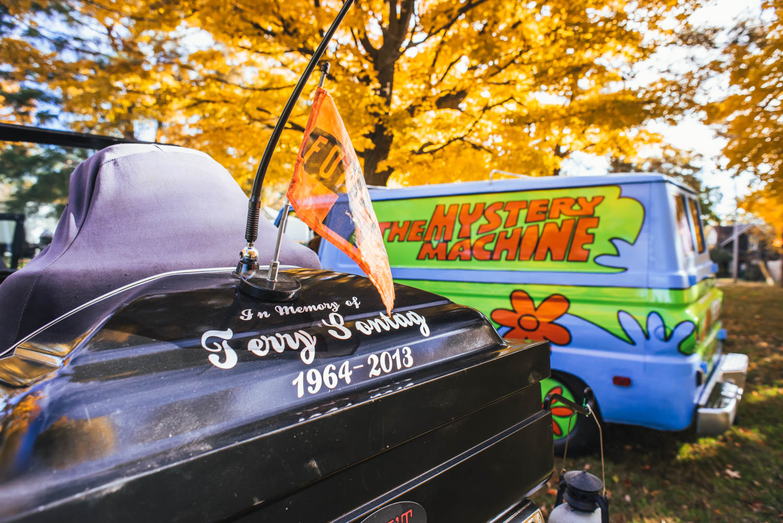 Rear coffin car