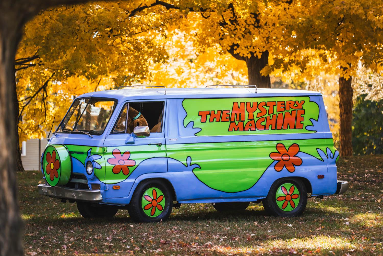 Mystery Machine Van