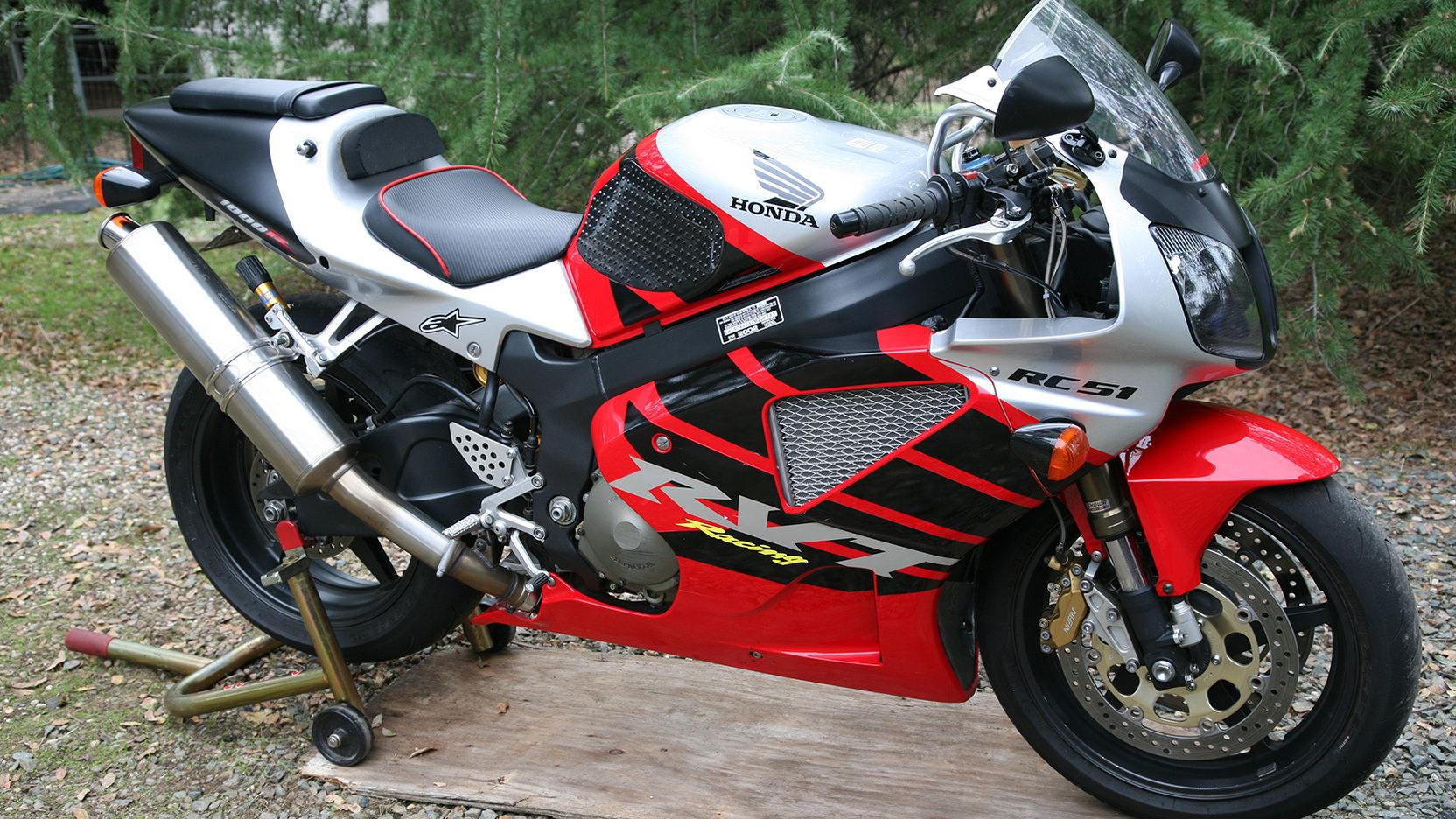2002 Honda RVT1000R RC51