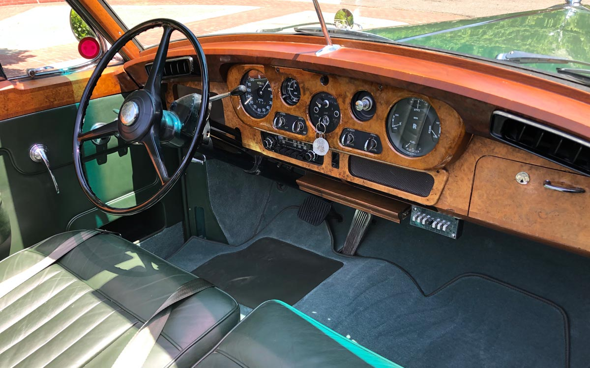 1960 Rolls Royce Silver Cloud II The Green Goddess dash