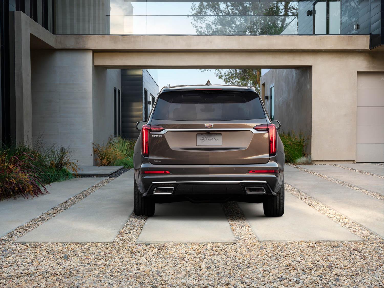 2020 Cadillac XT6 rear