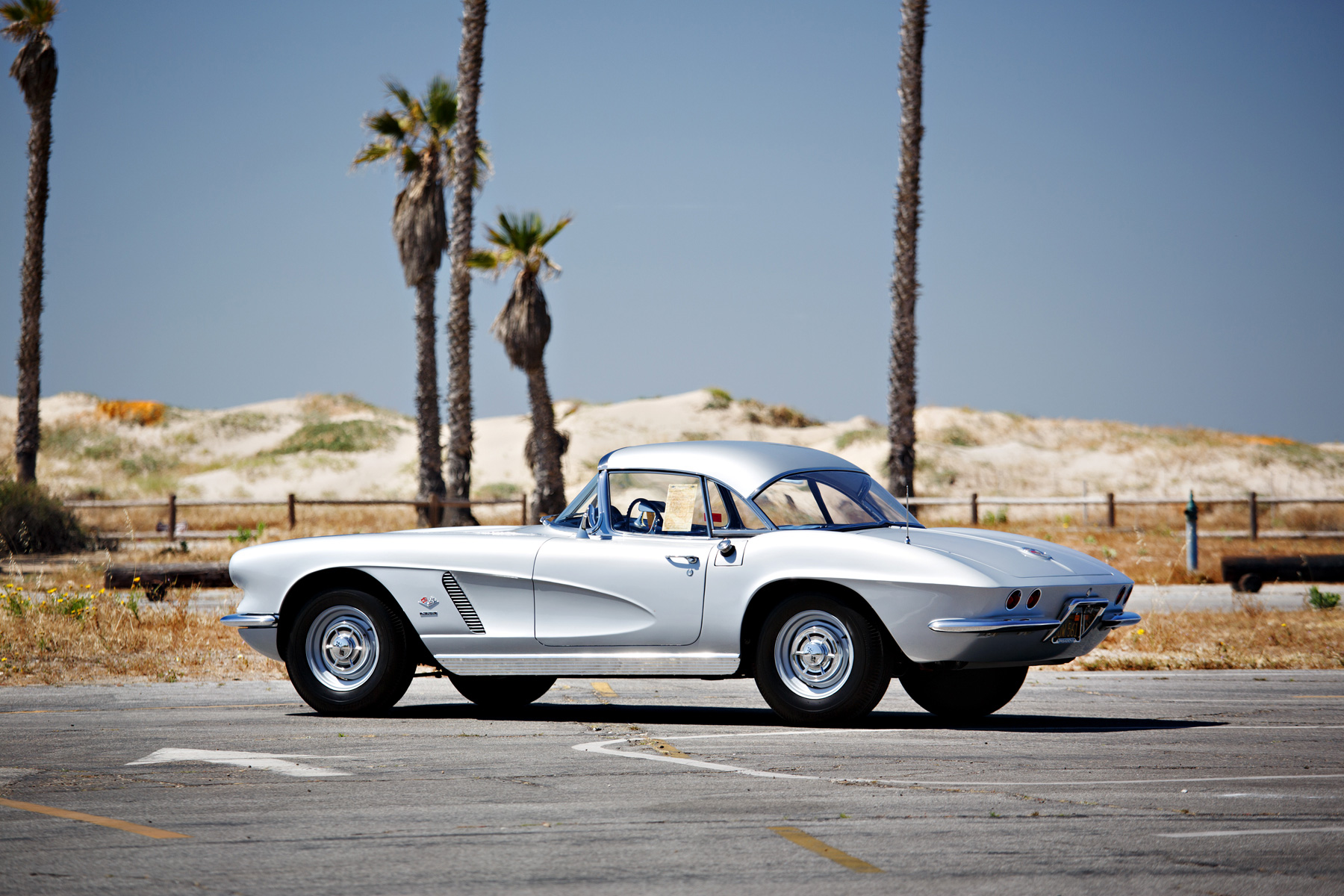1962 Chevrolet Corvette 327/360 Fuel-Injected Roadster