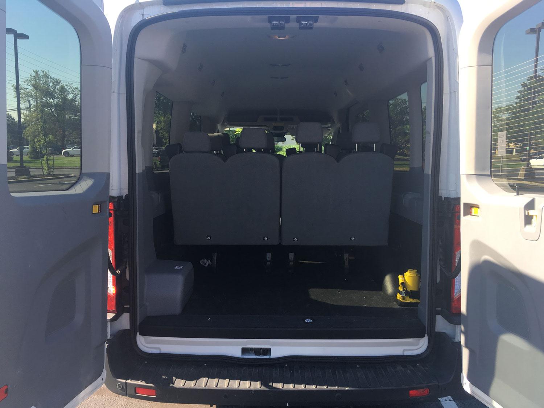 Ford 350 XLT Passenger Wagon