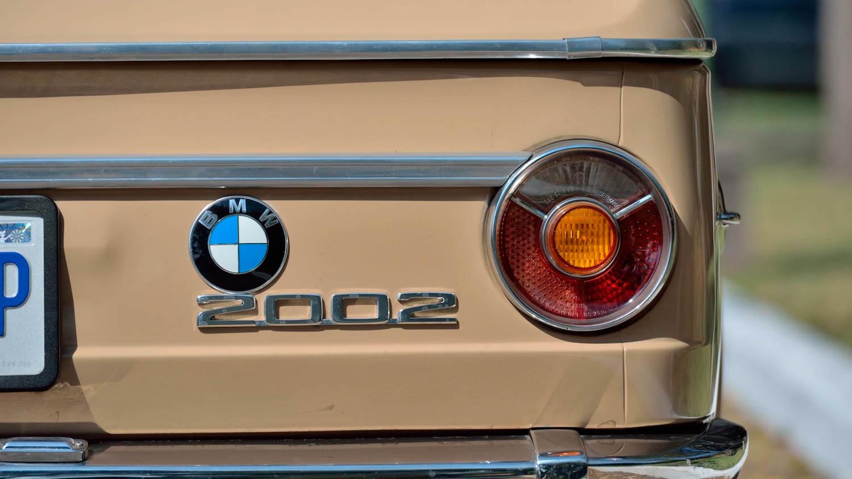 1972 BMW 2002 badges
