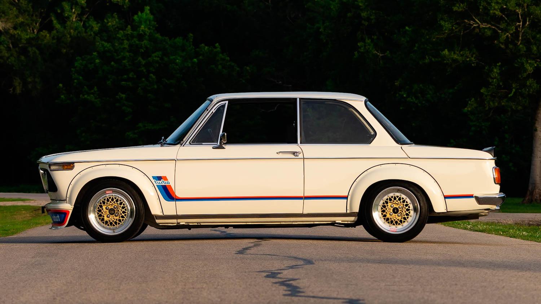1974 BMW 2002 Turbo profile