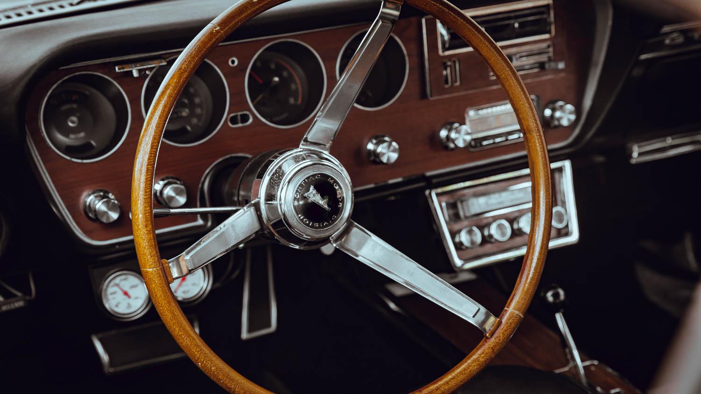 1967 Pontiac GTO steering wheel