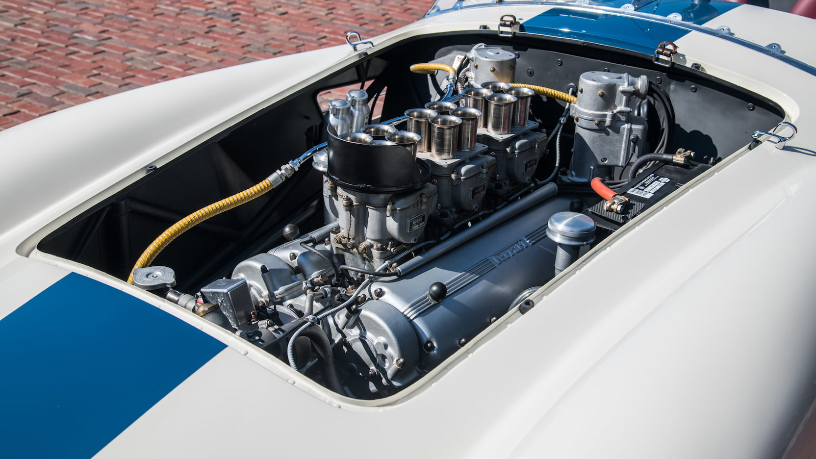Ferrari 0432M engine