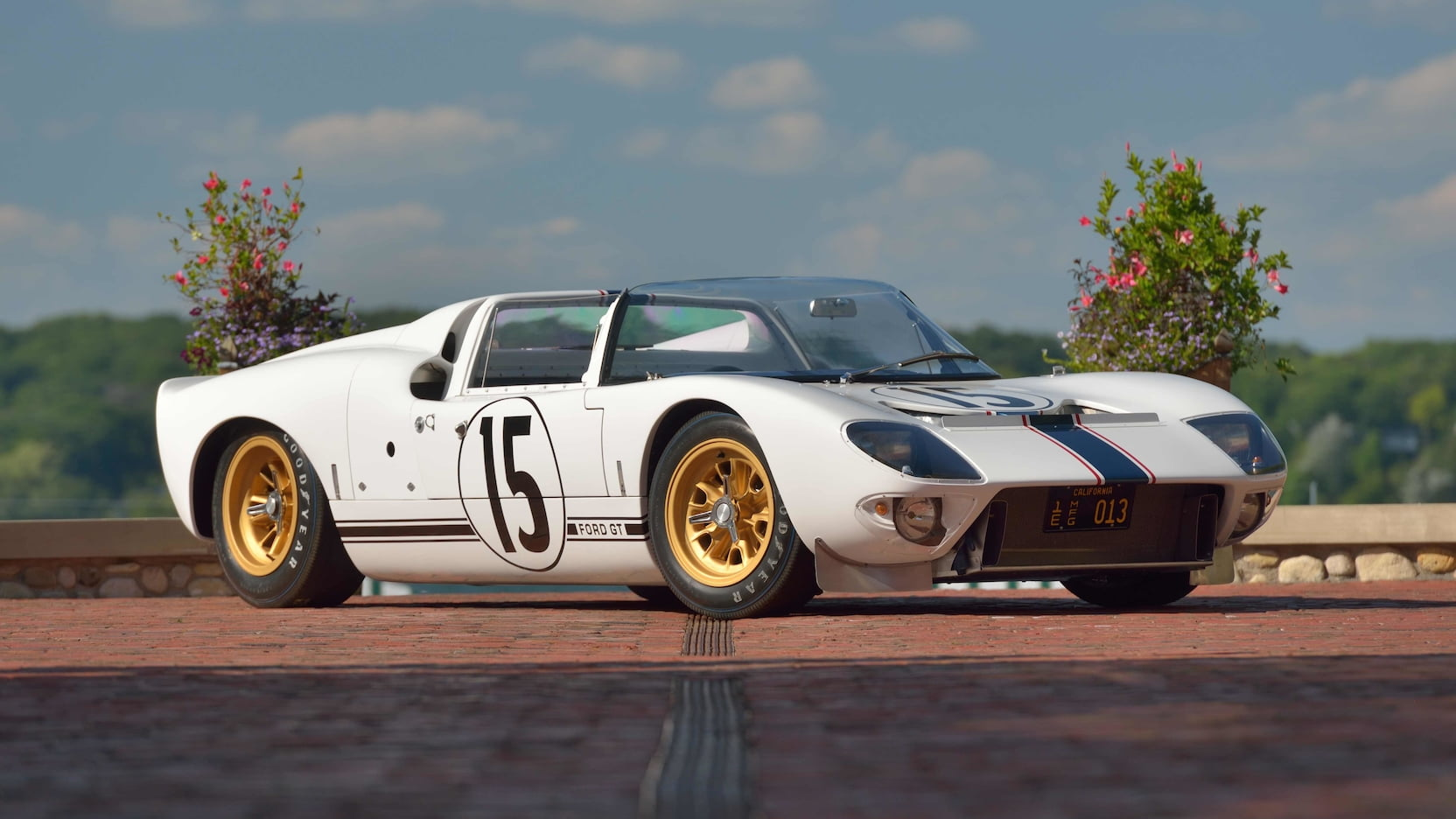 1965 Ford GT Competition Prototype Roadster