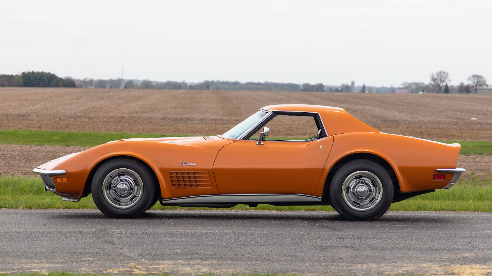 1971 Chevrolet Corvette ZR2 profile
