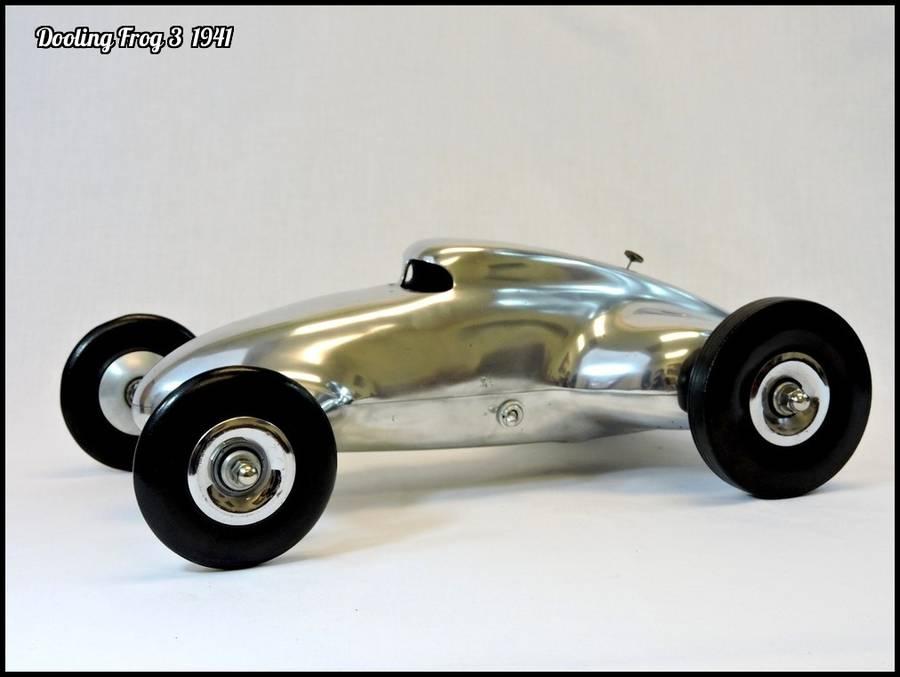 1941 Dooling Frog 3 Tether Car