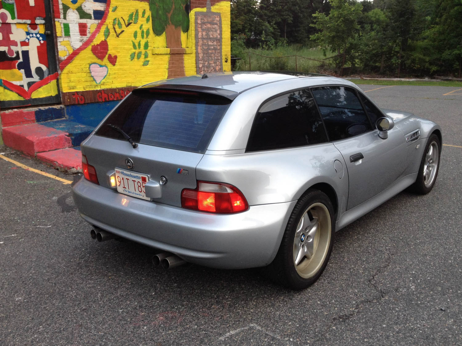 Z3 roadsters are fun, but they don't look like this.