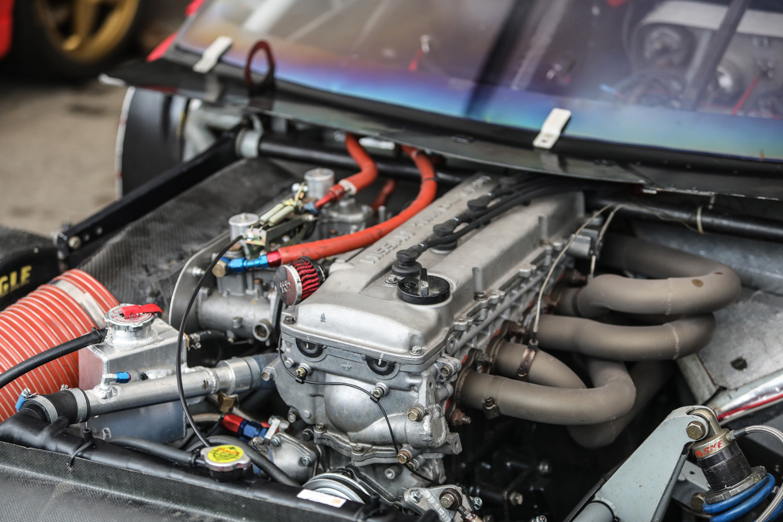 Nissan DOHC inline-six