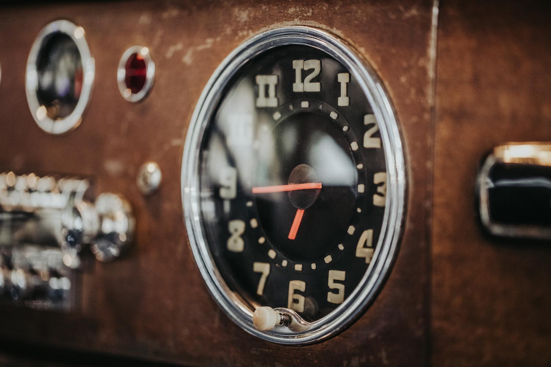 Icon Hudson Derelict Clock