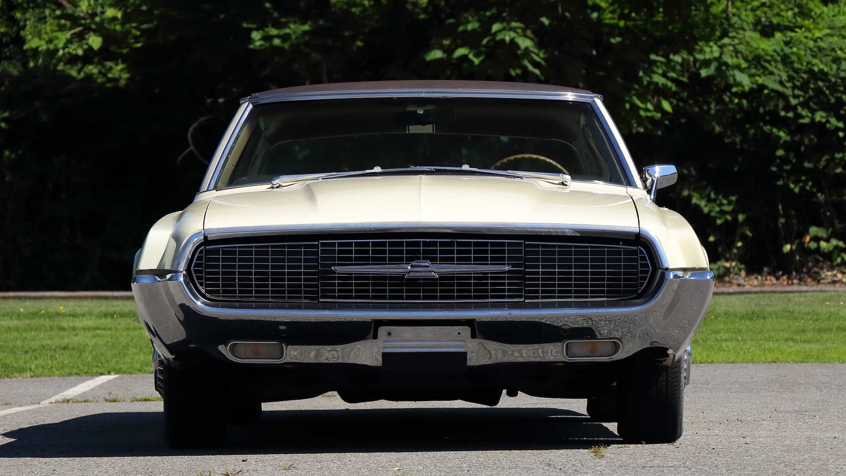 1967 Ford Thunderbird front