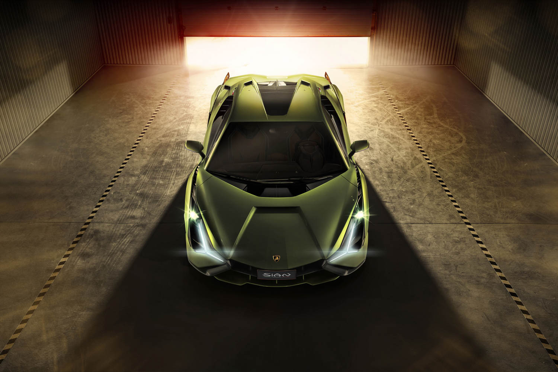 Lamborghini Sián overhead