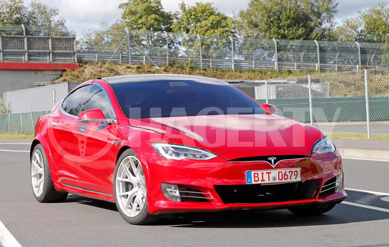 Is Tesla playing dirty to win the 'Ring?
