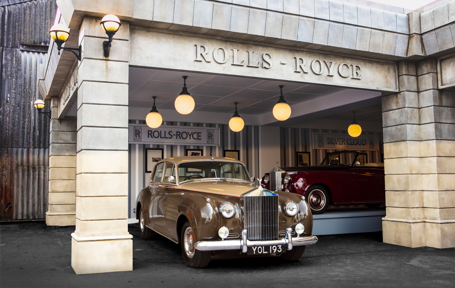 Rolls-Royce shows off the past with Silver Clouds and a vintage stand at Goodwood