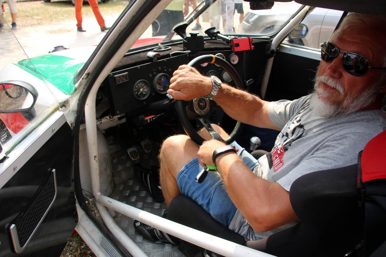 Škoda 130 RS driver